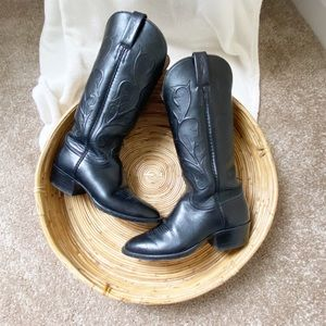 Lucchese Classic Leather Cowboy Boots